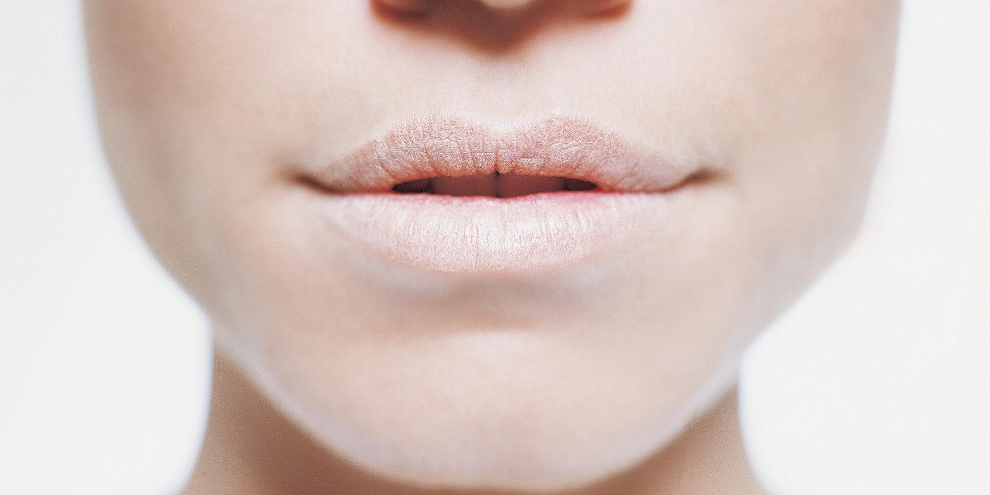 О чем свидетельствует сильная сухость во рту?