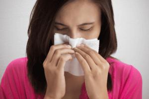 Затяжной насморк может свидетельствовать о серьезном хроническом заболевании
