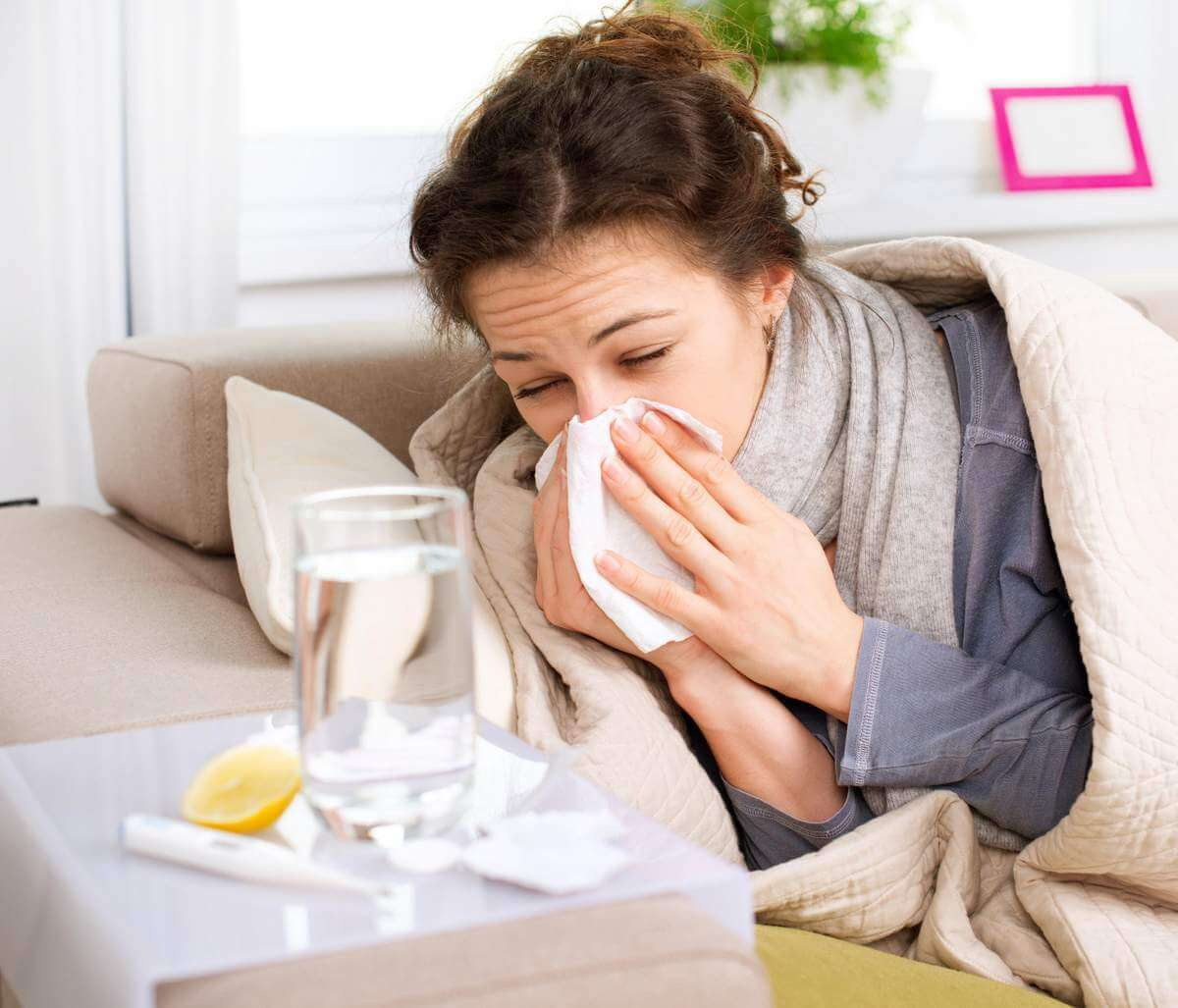 Простуда на раннем сроке беременности и особенности ее лечения