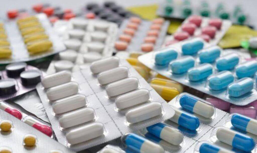 Отхаркивающие препараты помогут разжижить и вывести мокроту
