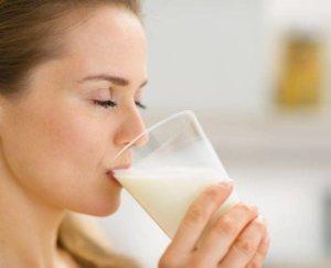 Молоко при боли в горле