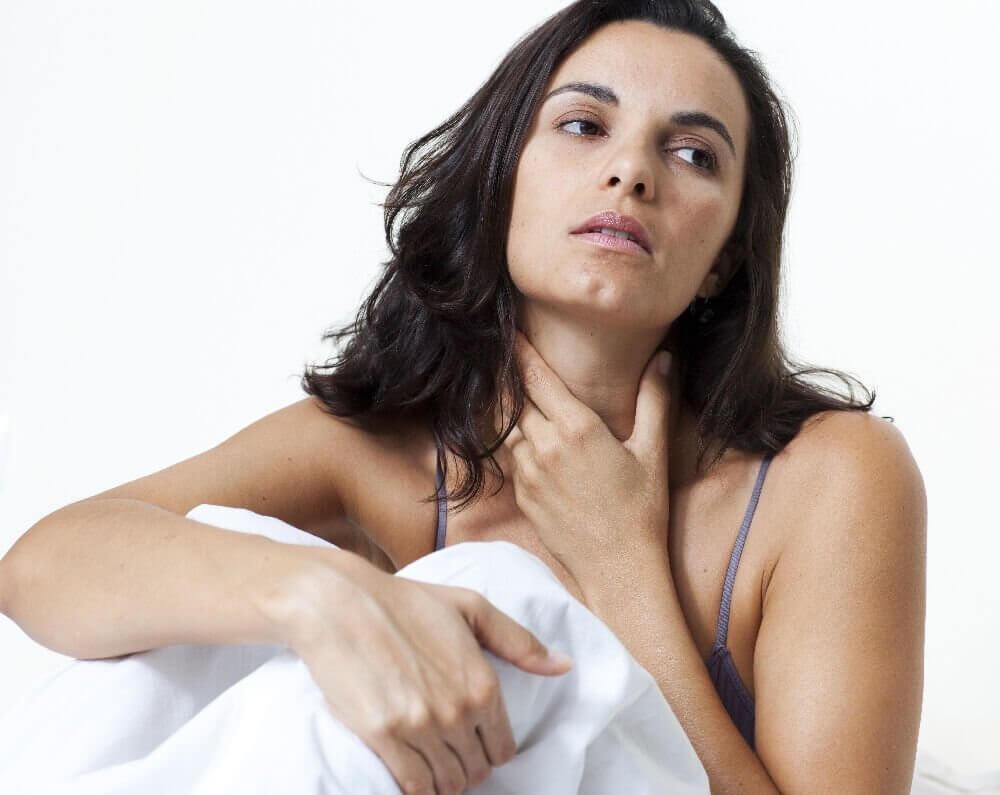 Причины из-за которых появляется ком в горле при беременности, методы его устранения и профилактики