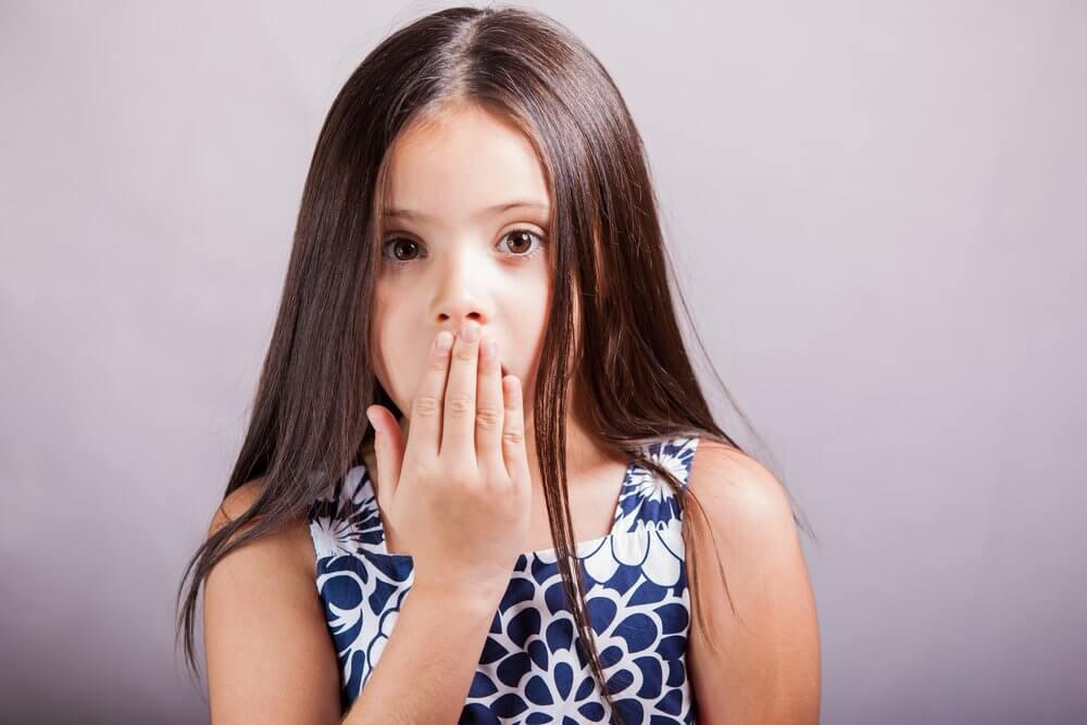 Причины запаха изо рта у ребенка, заболевания дыхательных путей, профилактические меры