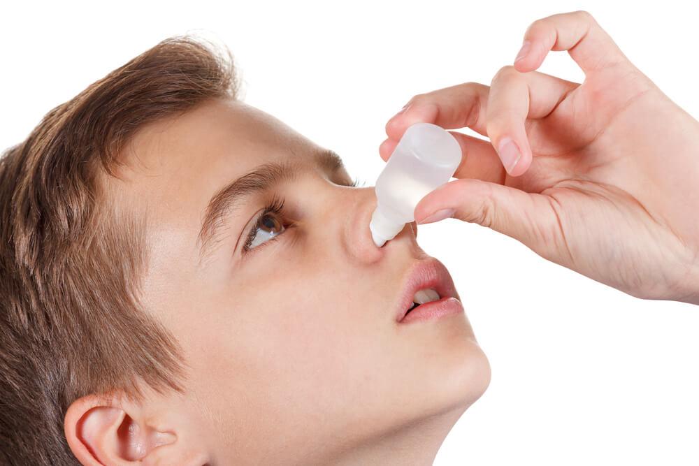 Закапывание носа Деринатом