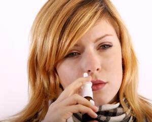 Использование сосудосуживающих капель при заложенности носа