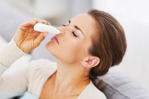 Чем можно заменить Називин при насморке во время беременности?