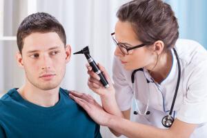 Боль в ушах: основные причины возникновения