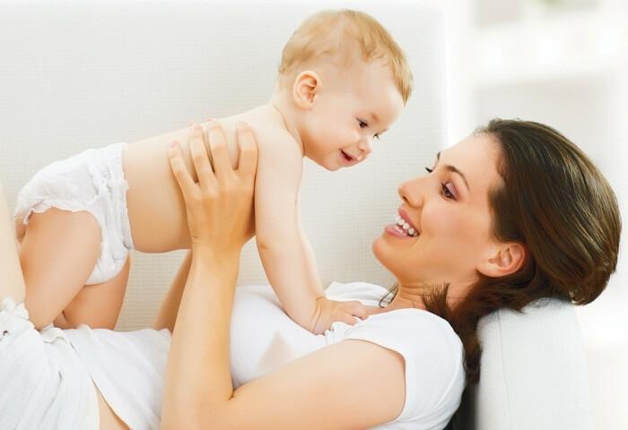 Как вылечить ангину кормящей маме без вреда для ребенка