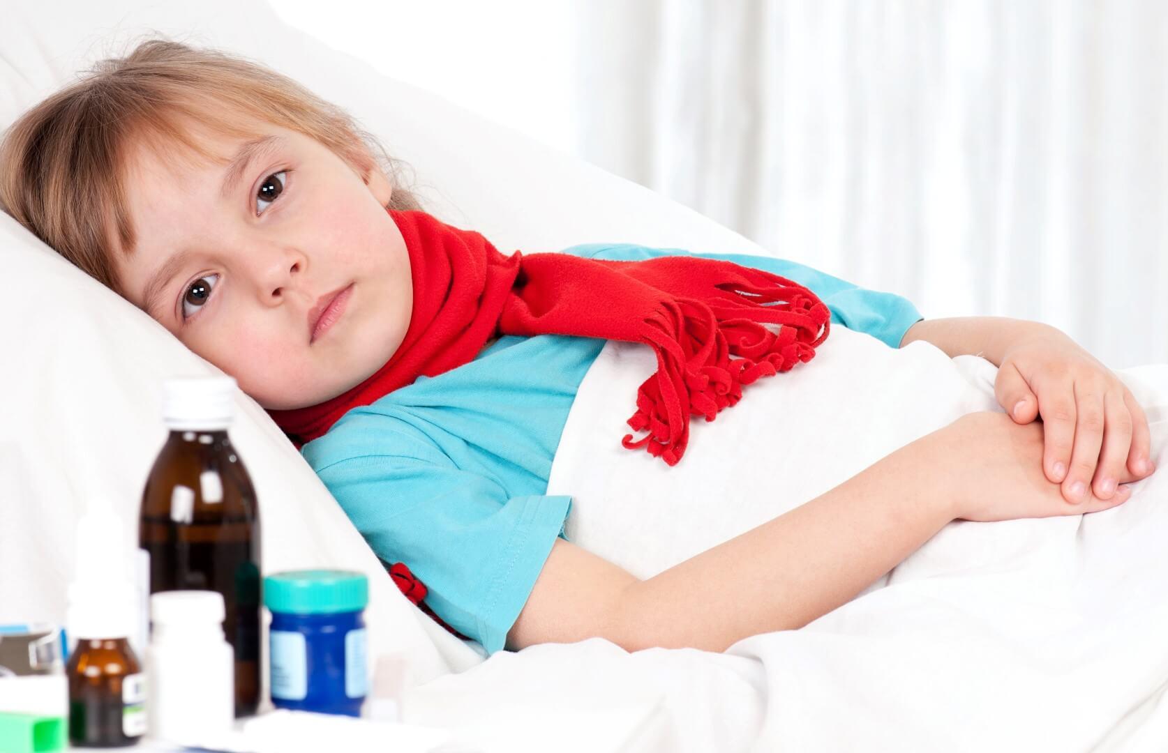 Антибиотики от кашля для детей: виды, описание и особенности лечения