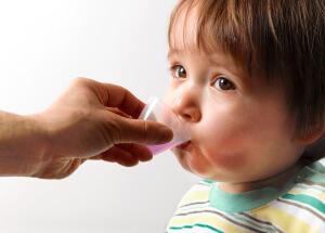 Особенности лечения сухого кашля медикаментозными препаратами