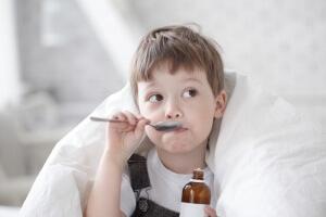 При сухом кашле что пить детям thumbnail