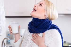 Быстрое и эффективное лечение заболевания горла с помощью народных методов