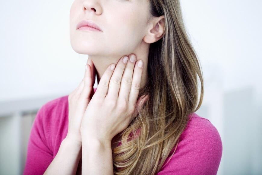 Что делать при сильной боли в горле? - Лучшие методы лечения