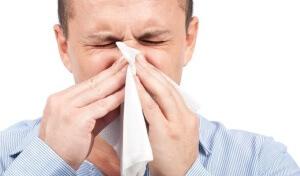 Назальная ликворея – это опасное заболевание, признаком которого является вытекание ликворы через носовую полость
