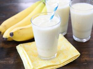 Банан с молоком - вкусное и эффективное средство от кашля