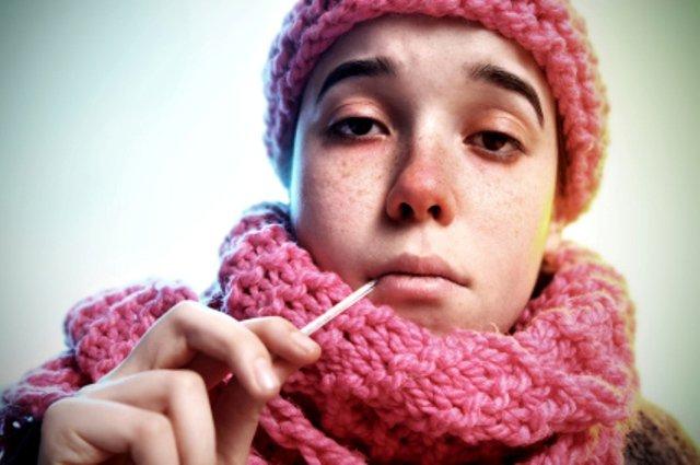 Заразна ли простуда и как правильно ее лечить