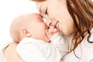 На момент лечения Биопароксом при ГВ рекомендовано кормить ребенка смесями!