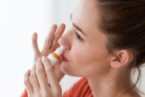 Препараты для устранения отечности подбирает врач, исходя из факторов, которые повлияли на развитие данного симптома