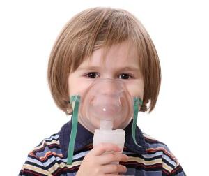 Ингаляции небулайзером – это и один из лучших методов лечения сухого кашля у детей