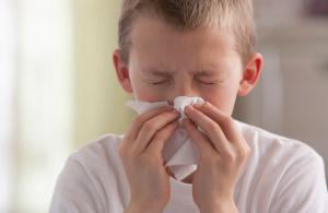 Аква Марис стронг – эффективное средство для устранения заложенности носа и насморка