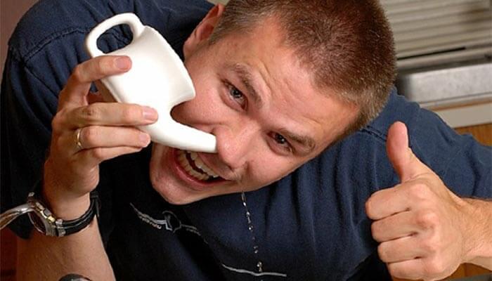 Полезные советы: как правильно промыть нос соленой водой