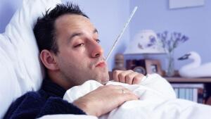 Заложенность носа, высокая температура, насморк, кашель и боль в горле – признаки простуды