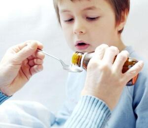Правильное лечение гнойной ангины может назначить врач, в зависимости от тяжести заболевания и возраста ребенка