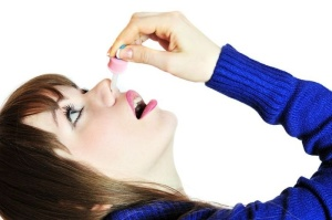 Необходимо правильно использовать сосудосуживающие капли, так как они могут вызвать привыкание