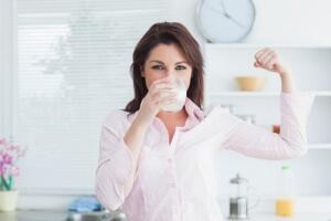 Лучшие народные методы лечения боли в горле при глотании