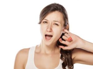 Отит – это распространенное воспалительное заболевания уха, связанное с попаданием в него инфекции