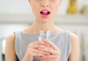 Медикаментозные препараты от боли в горле
