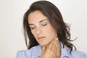 Любое запущенное заболевание горла может вызвать осложнения, поэтому все болезни нужно лечить вовремя
