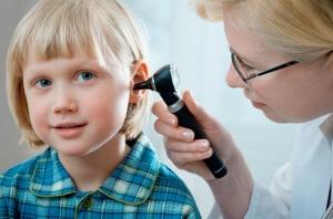 Говорить о безопасности медикаментов можно только после постановки диагноза и выявления причин боли в ухе