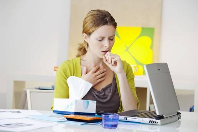 Как быстро снять приступ сухого кашля в домашних условиях