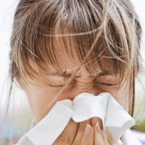 Народная медицина в лечении затяжного насморка