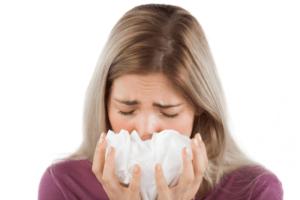 Затяжной насморк может перейти в хронический