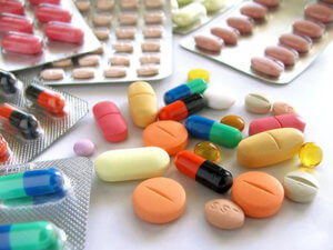 Лекарства назначаются в зависимости от причины возникновения лающего кашля