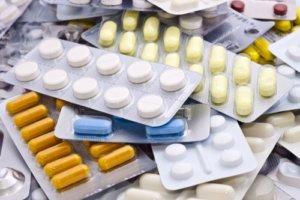 Чаще всего лечение гнойных пробок состоит из антибактериальных препаратов