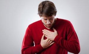 Симптомы пневмонии очень похожи на симптомы гриппа и простуды