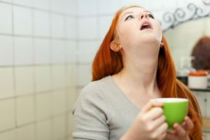 Полоскание горла – обязательная процедура при фарингите