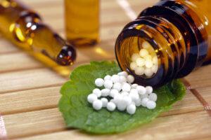 Преимущества гомеопатических препаратов в том, что они не вызывают побочных эффектов