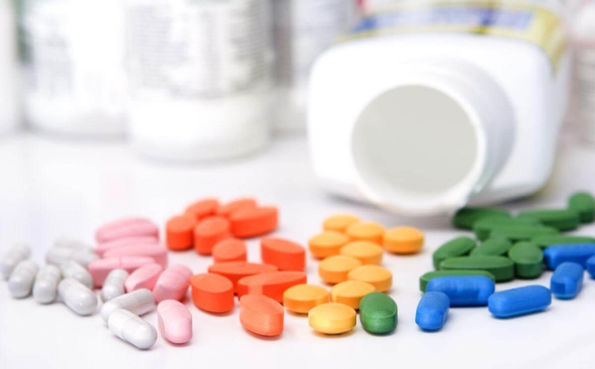 Медикаментозное и народное сильное отхаркивающее средство