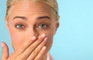 Болячки в носу могут бить признаком целого ряда заболеваний