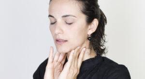 Шейный лимфаденит может быть острый и хронический