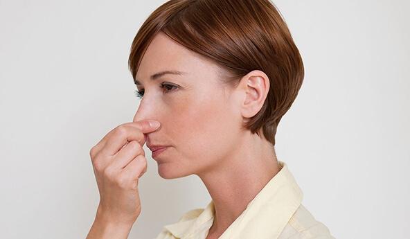 Полипоз носа: основные симптомы недуга