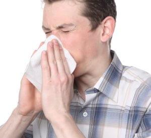 Нужно помнить, что заложенность носа может быть признаком серьезно заболевания