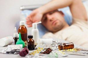Терапия направлена на применении препаратов, облегчающих кашель