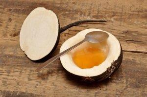 Бронхит и коклюш поможет вылечить черная редька с медом