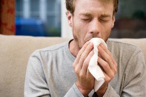 Кровь в мокроте может указывать на серьезное заболевание дыхательных путей