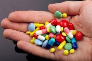 Отхаркивающие препараты при сухом кашле принимать нельзя!
